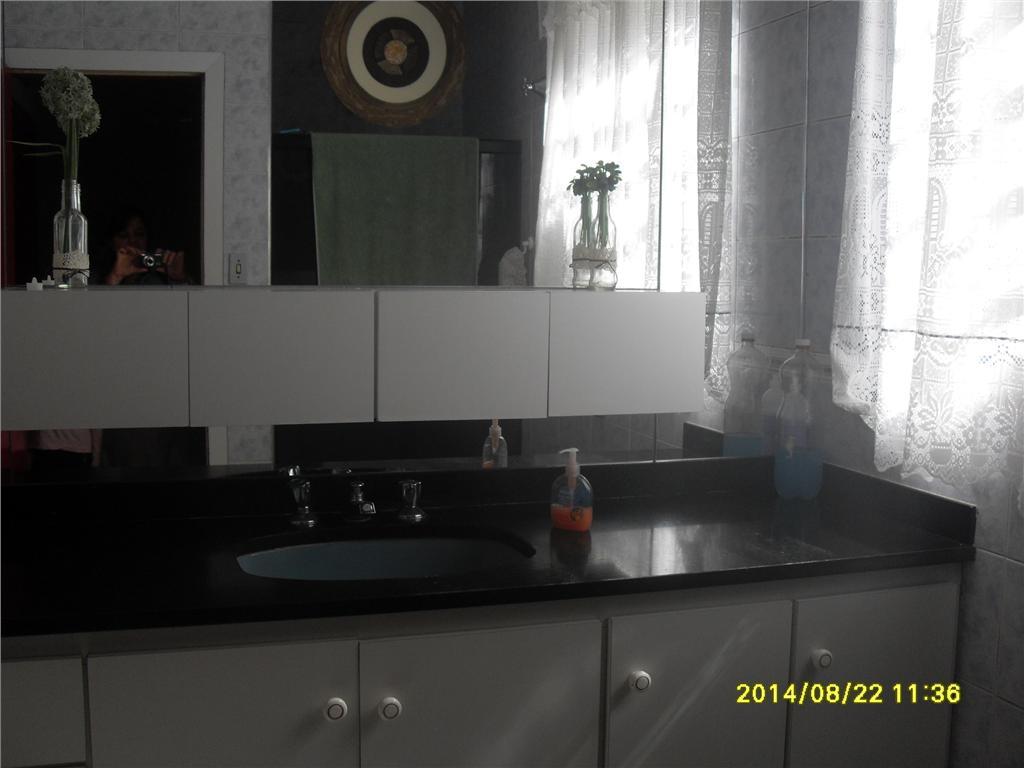 Casa de 3 dormitórios em Vila Prudente, São Paulo - SP