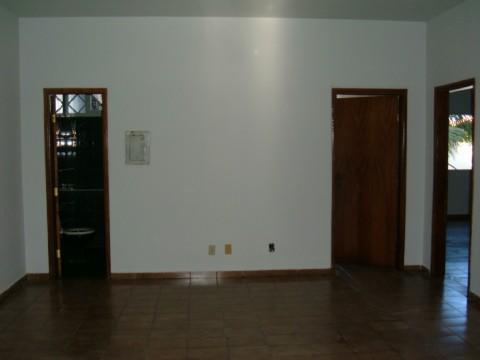 Casa residencial à venda, Centro, Barra do Garças - CA0174.