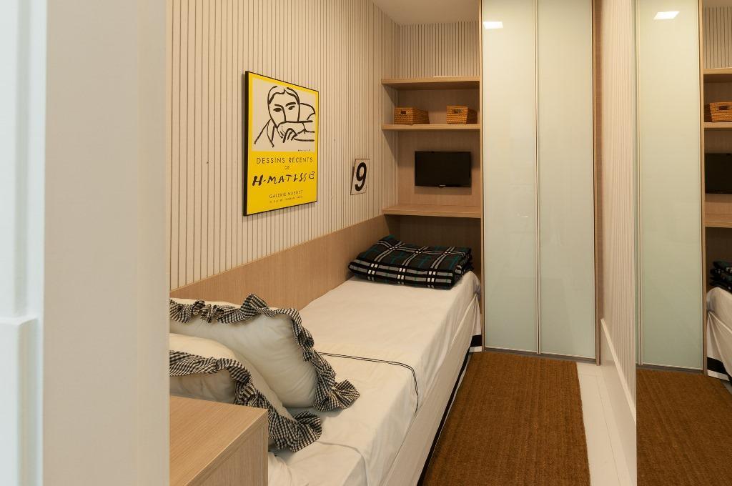 Cobertura de 4 dormitórios em Vila Ipiranga, Porto Alegre - RS