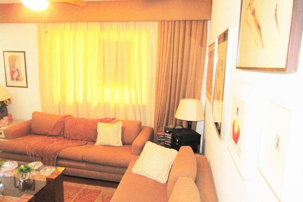 Apartamento de 3 dormitórios em Mont Serrat, Porto Alegre - RS