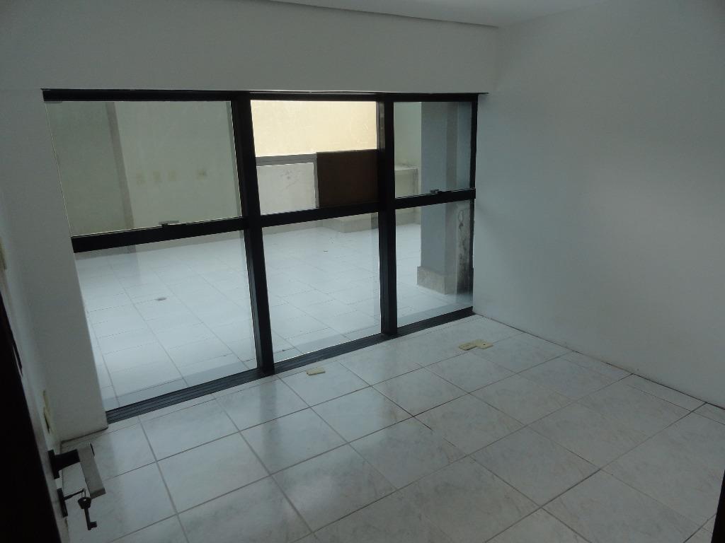 Sala à venda em Auxiliadora, Porto Alegre - RS