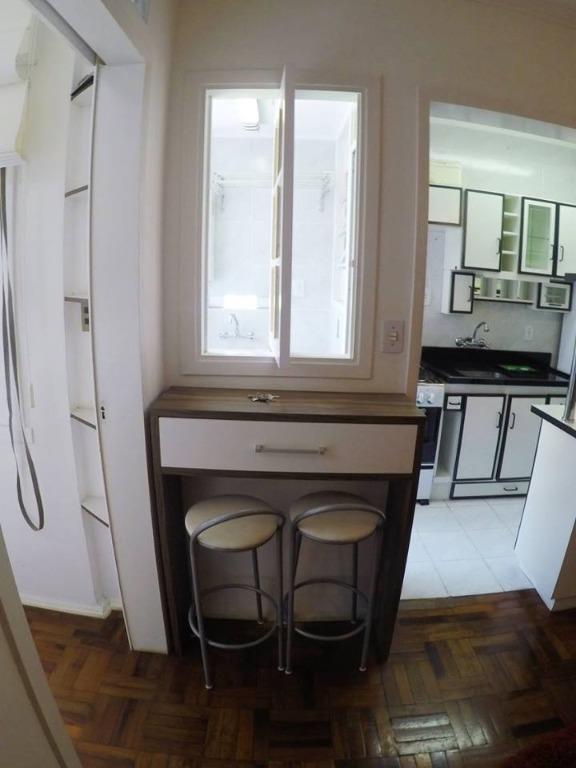 Kitnet de 1 dormitório em Passo Da Areia, Porto Alegre - RS