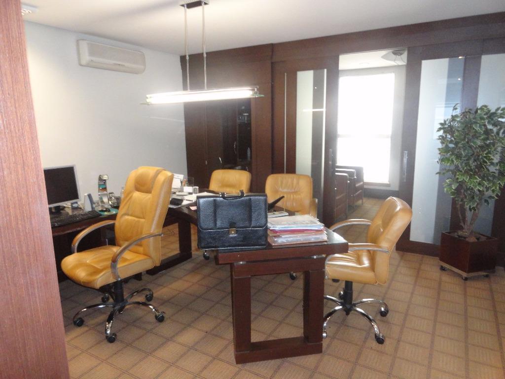 Sala à venda em Cidade Baixa, Porto Alegre - RS