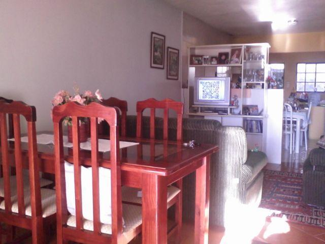 Casa de 2 dormitórios em Jardim Floresta, Porto Alegre - RS