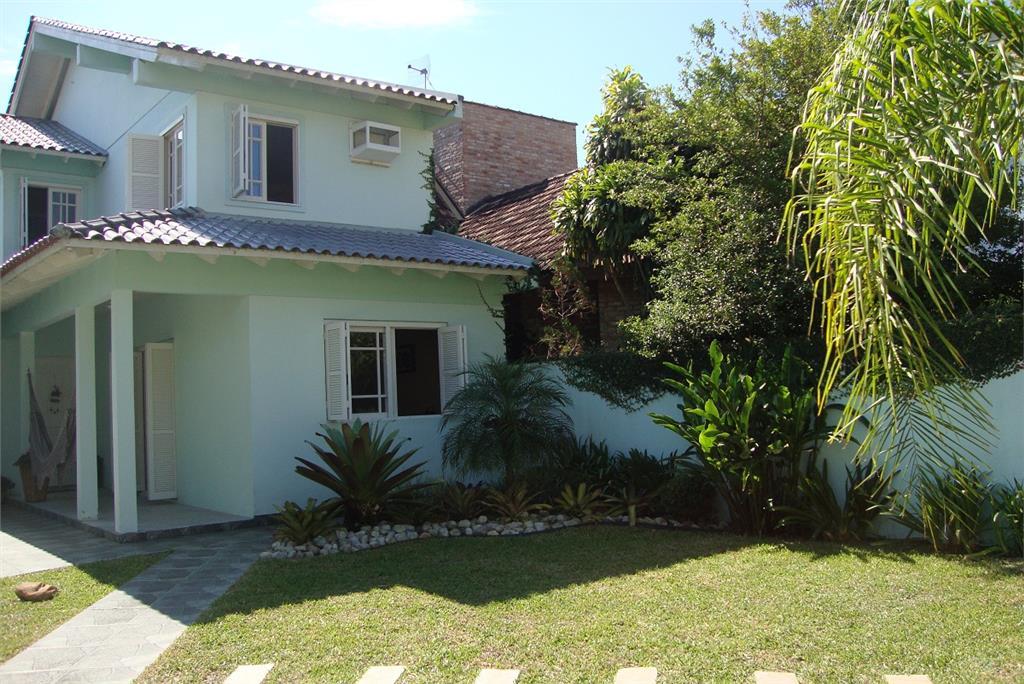 Casa de 3 dormitórios à venda em Centro, Guaíba - RS