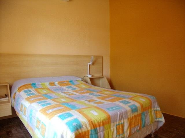 Casa de 3 dormitórios em Sumaré, Alvorada - RS