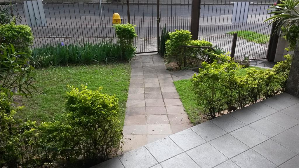 Casa de 3 dormitórios à venda em São João, Porto Alegre - RS