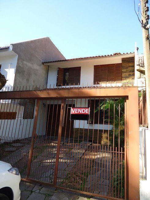 Casa de 3 dormitórios em São João, Porto Alegre - RS