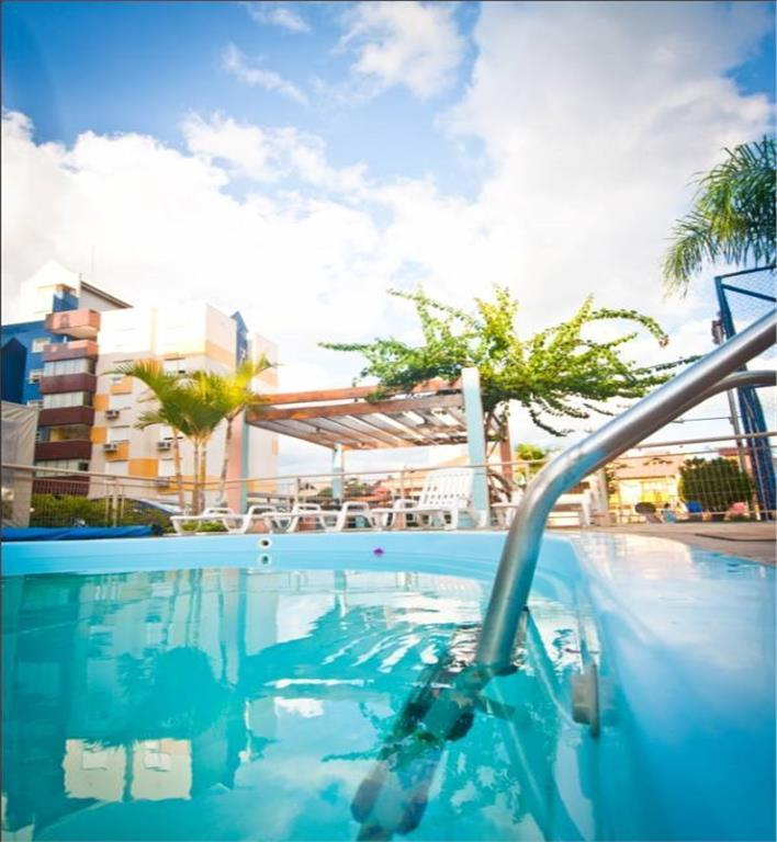 Apartamento de 2 dormitórios em Jardim Itu Sabará, Porto Alegre - RS