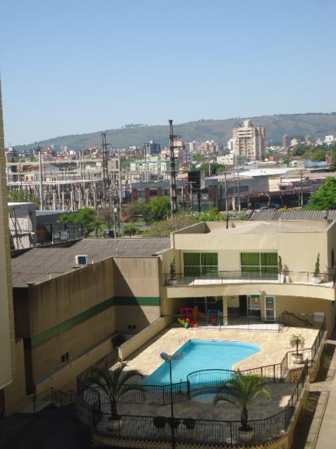 Apartamento de 3 dormitórios em São Sebastião, Porto Alegre - RS