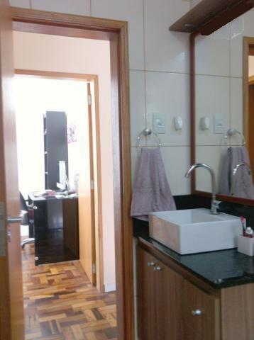 Apartamento de 2 dormitórios em Santo Antônio, Porto Alegre - RS