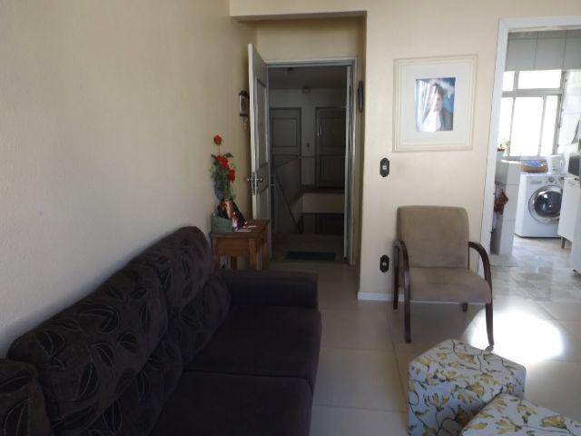Apartamento de 3 dormitórios à venda em Santo Antônio, Porto Alegre - RS