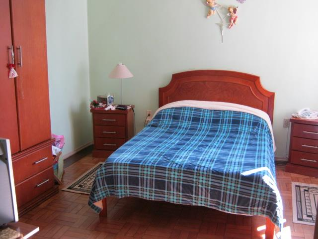 Apartamento de 2 dormitórios em Santa Cecília, Porto Alegre - RS