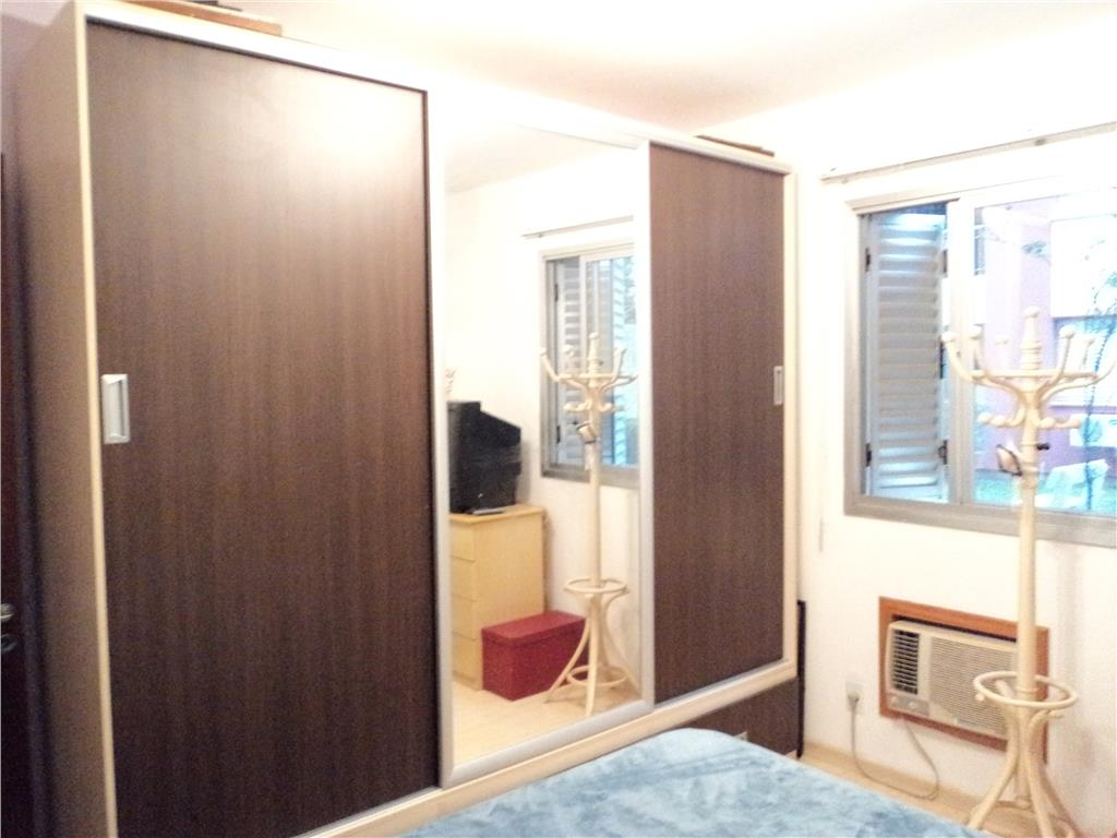 Apartamento de 3 dormitórios em Jardim Carvalho, Porto Alegre - RS