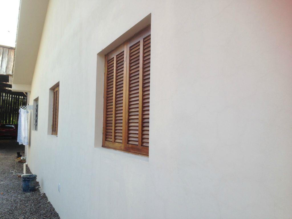 Casa de 2 dormitórios em Uglione, Santa Maria - RS