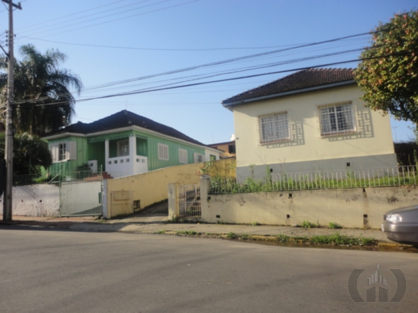 Terreno à venda em Centro, Santa Maria - RS