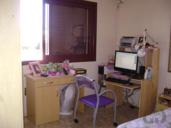 Sobrado de 4 dormitórios em Nossa Senhora De Lourdes, Santa Maria - RS