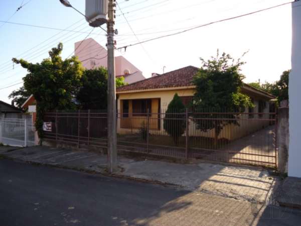 Casa de 4 dormitórios à venda em Patronato, Santa Maria - RS