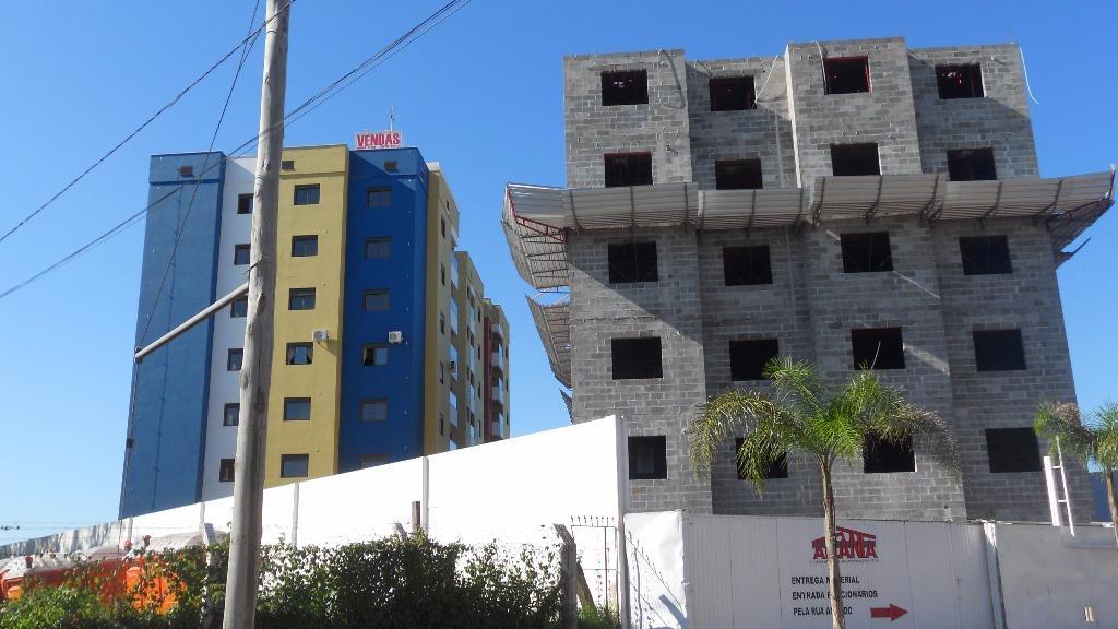 Apartamento de 2 dormitórios em Urlândia, Santa Maria - RS