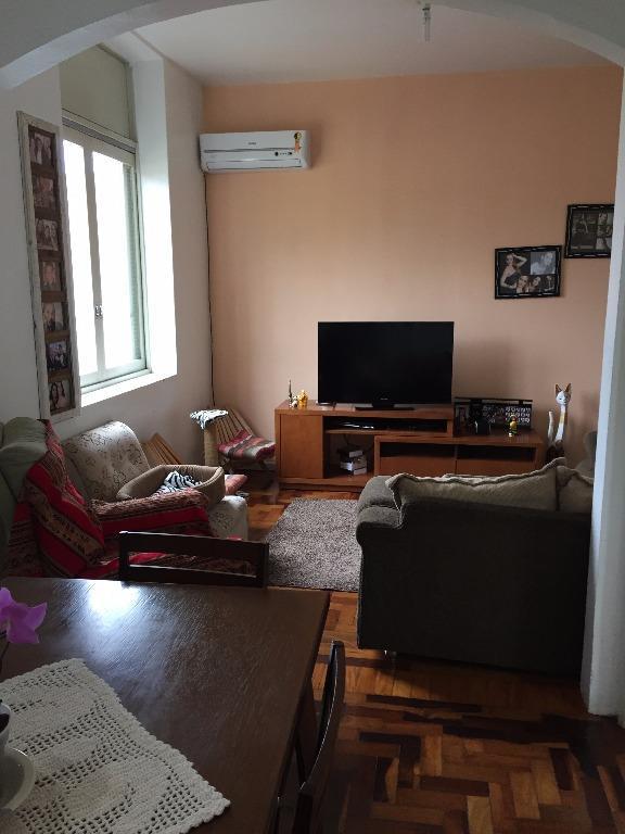 Apartamento de 2 dormitórios à venda em Nossa Senhora De Fátima, Santa Maria - RS