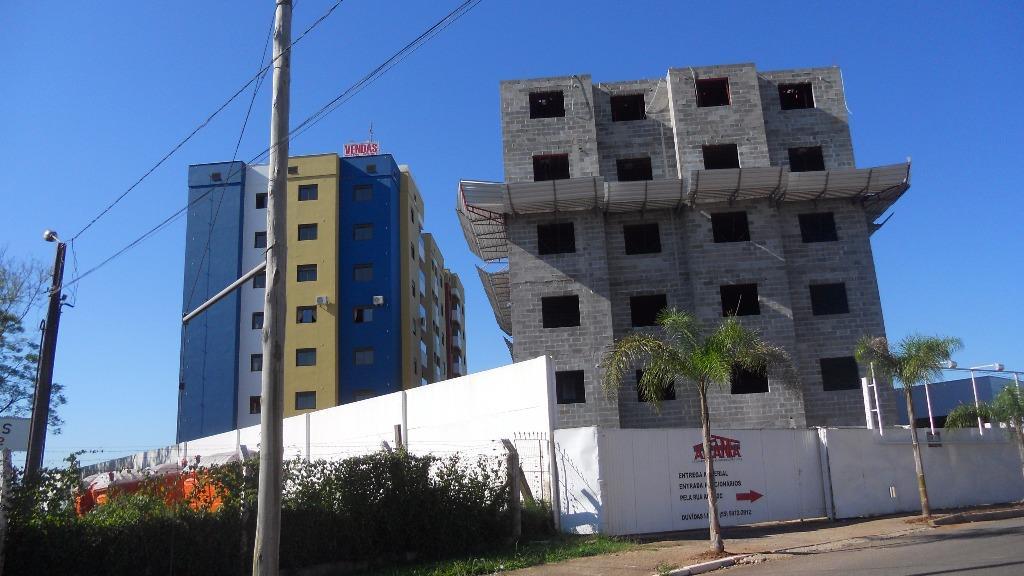 Apartamento de 3 dormitórios à venda em Urlândia, Santa Maria - RS