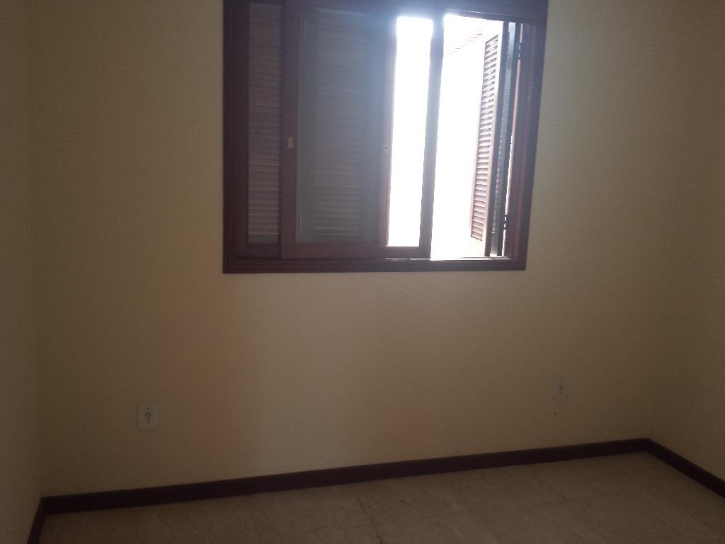 Sobrado de 3 dormitórios em Camobi, Santa Maria - RS