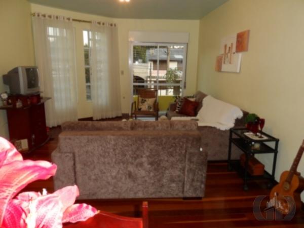 Apartamento de 3 dormitórios à venda em Passo D Areia, Santa Maria - RS