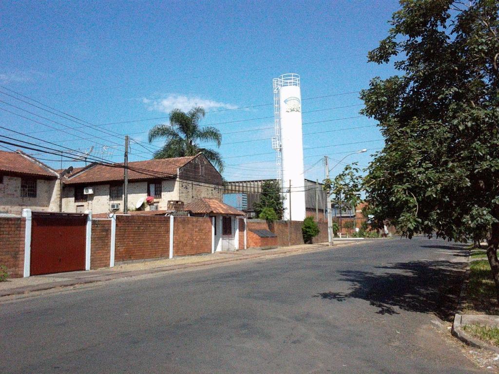 Casa de 2 dormitórios em Vicentina, São Leopoldo - RS