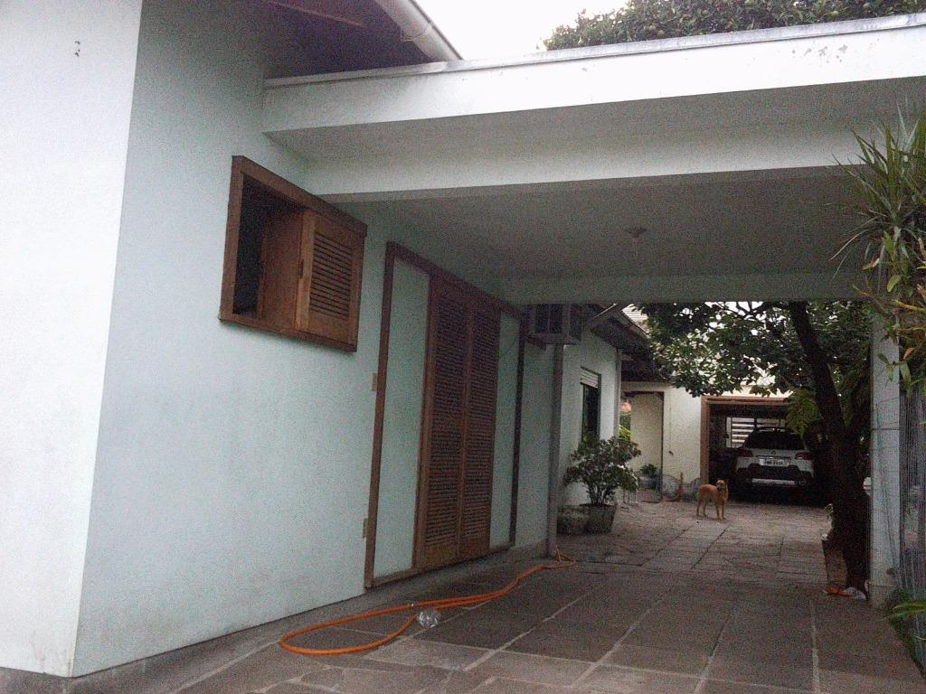 Casa de 3 dormitórios em Centro, Campo Bom - RS