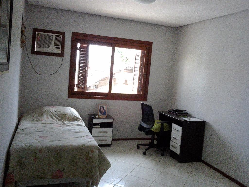 Casa de 3 dormitórios em Canudos, Novo Hamburgo - RS