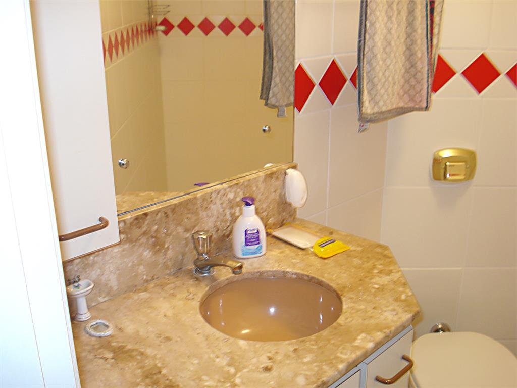 Apartamento de 2 dormitórios à venda em Centro, Novo Hamburgo - RS