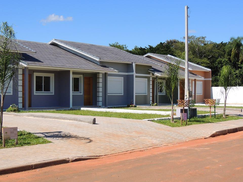 Casa de 2 dormitórios em Lomba  Grande, Novo Hamburgo - RS