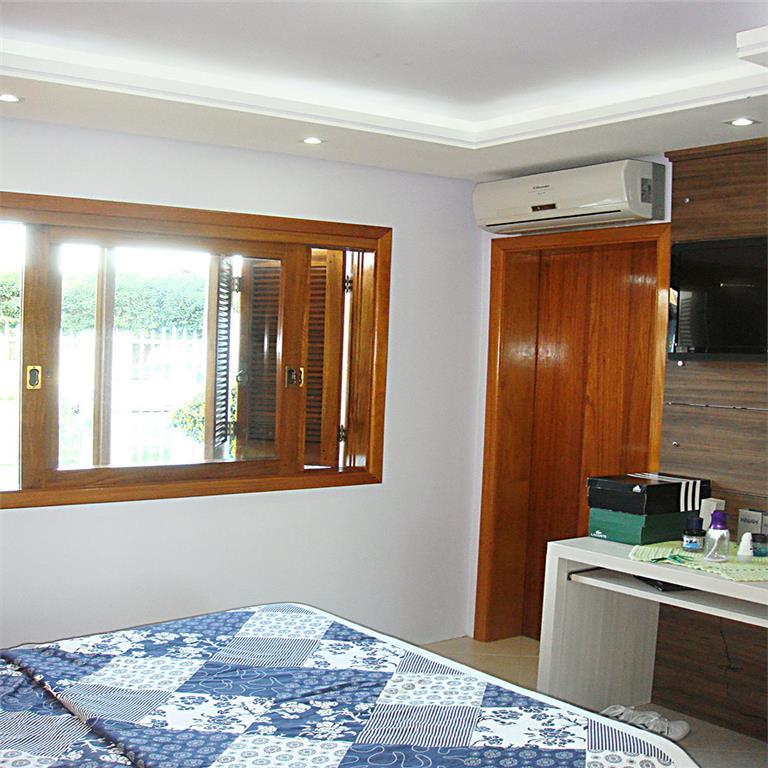Casa de 3 dormitórios à venda em Feitoria, São Leopoldo - RS