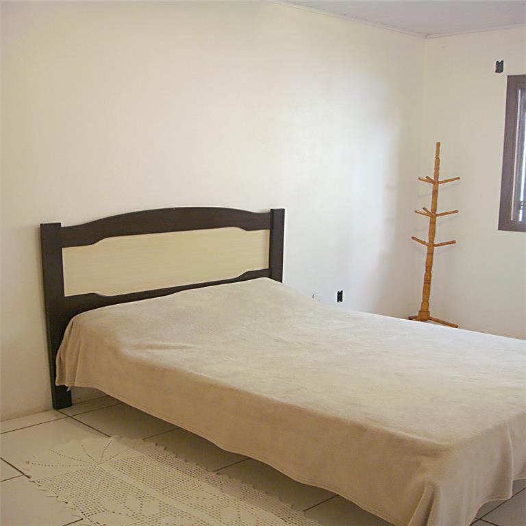 Casa de 3 dormitórios à venda em Floresta, Estância Velha - RS