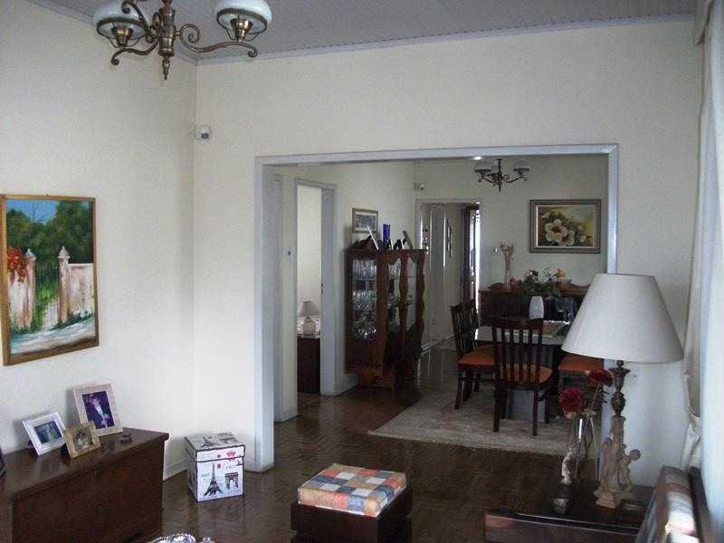 Casa de 3 dormitórios em Centro, Guaíba - RS