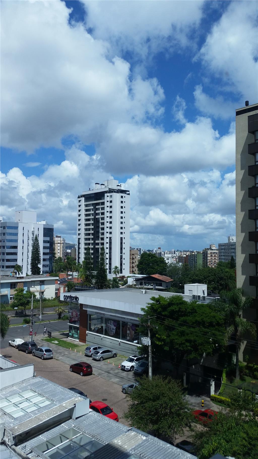 Sala em Boa Vista, Porto Alegre - RS