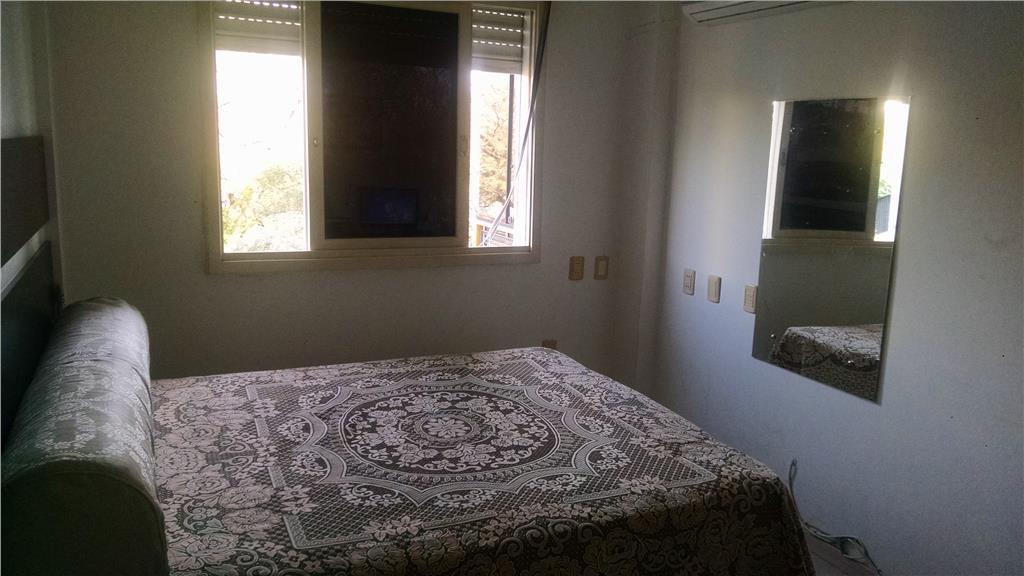 Apartamento de 3 dormitórios em Azenha, Porto Alegre - RS