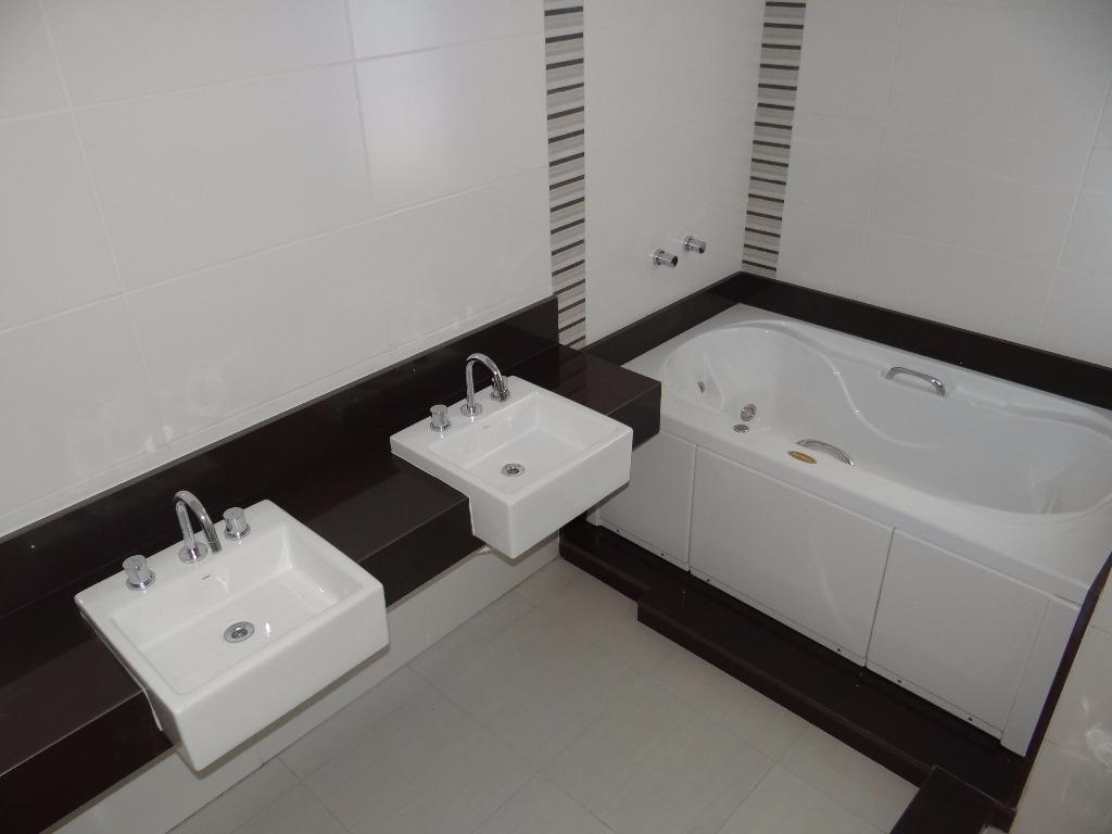 Apartamento de 3 dormitórios em Cristal, Porto Alegre - RS