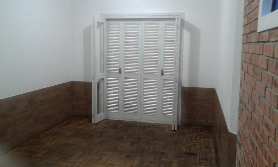 Casa de 2 dormitórios em Glória, Porto Alegre - RS