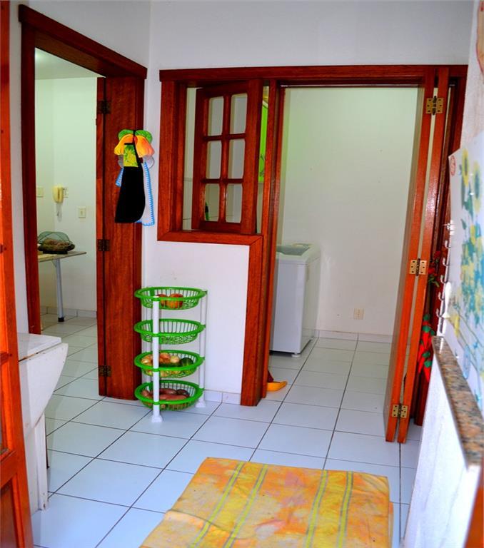 Casa de 3 dormitórios em Cavalhada, Porto Alegre - RS