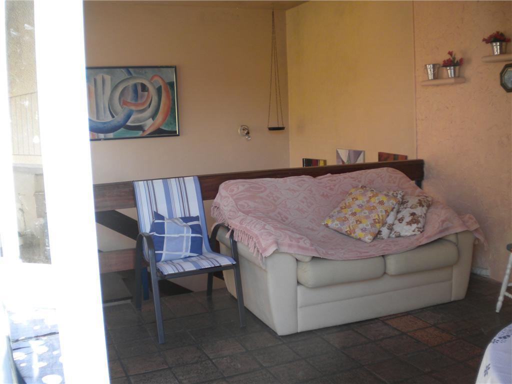 Cobertura de 2 dormitórios em Nonoai, Porto Alegre - RS