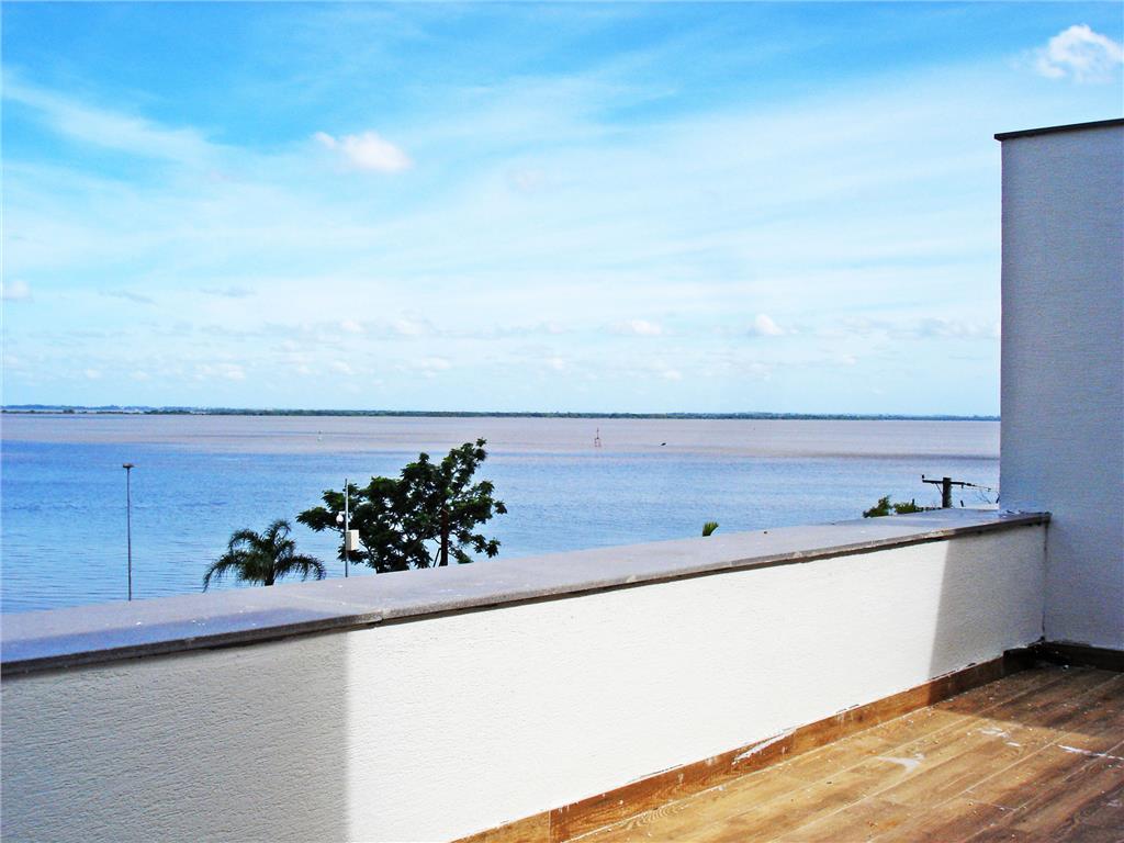 Casa de 3 dormitórios em Praia De Belas, Porto Alegre - RS