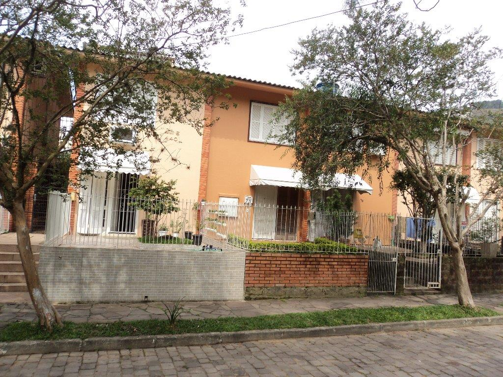 Sobrado de 2 dormitórios em Protásio Alves, Porto Alegre - RS