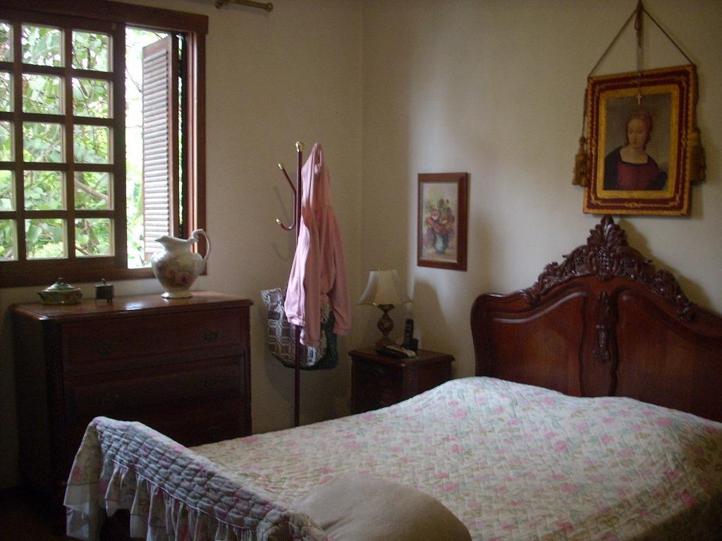 Casa de 3 dormitórios à venda em Bela Vista, Porto Alegre - RS