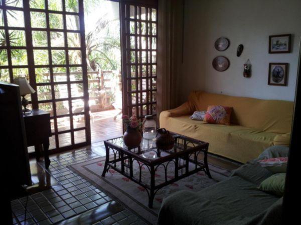 Casa de 3 dormitórios em Bela Vista, Porto Alegre - RS