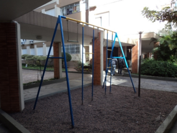 Apartamento de 2 dormitórios à venda em Ipanema, Porto Alegre - RS