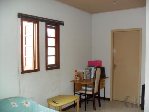 Casa de 2 dormitórios em Vila Carlos Antônio Wilkens, Cachoeirinha - RS