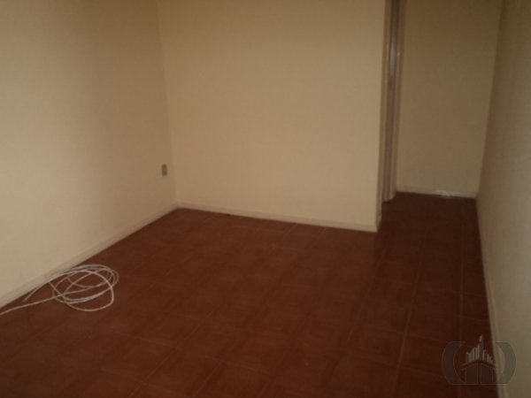 Casa de 2 dormitórios à venda em Jardim Floresta, Porto Alegre - RS