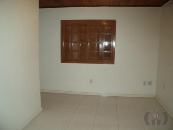 Casa de 6 dormitórios em Jardim São Pedro, Porto Alegre - RS