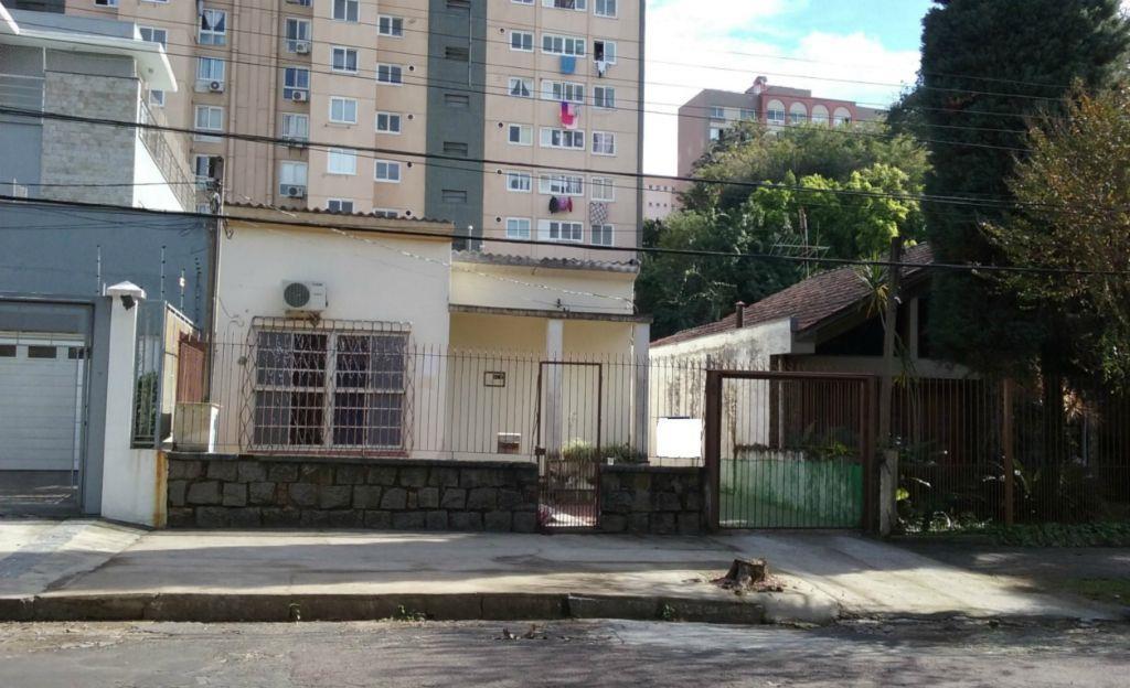 Casa de 3 dormitórios em Higienópolis, Porto Alegre - RS